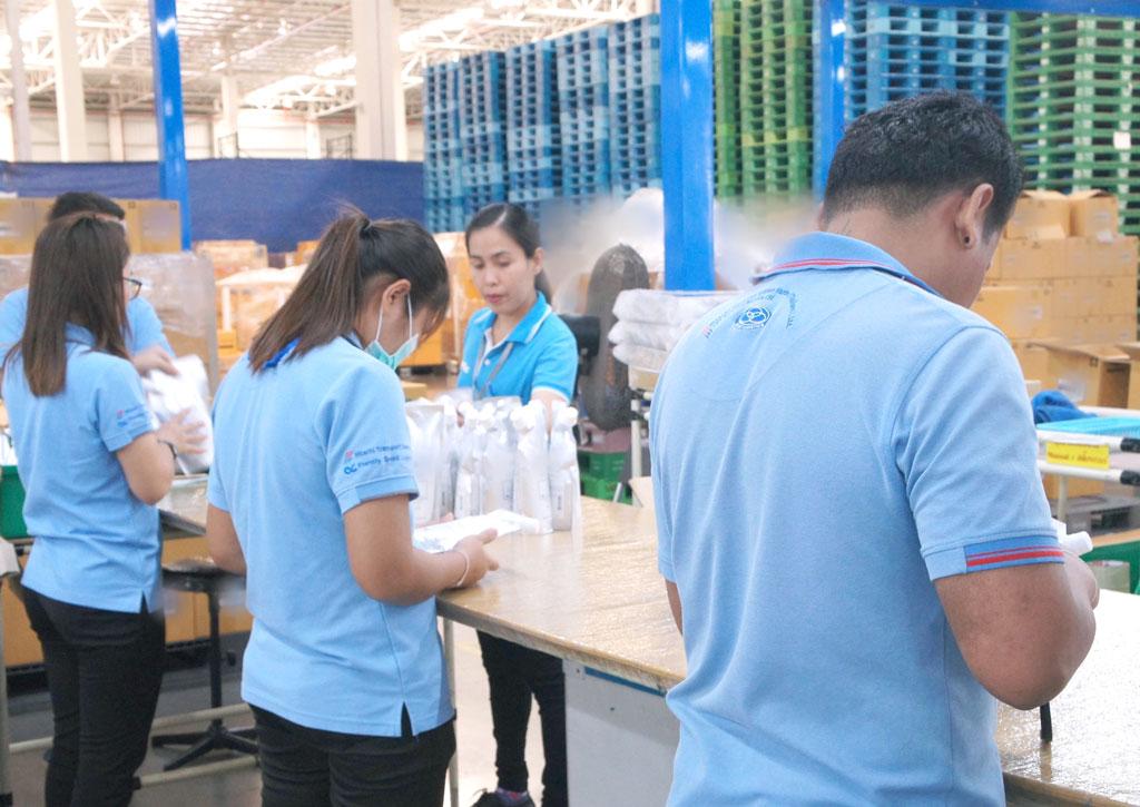 รองรับกระบวนการการกระจายสินค้า เช่น การคัดแยกชนิดสินค้าและการจัดแพคสินค้าตามออเดอร์ลูกค้า