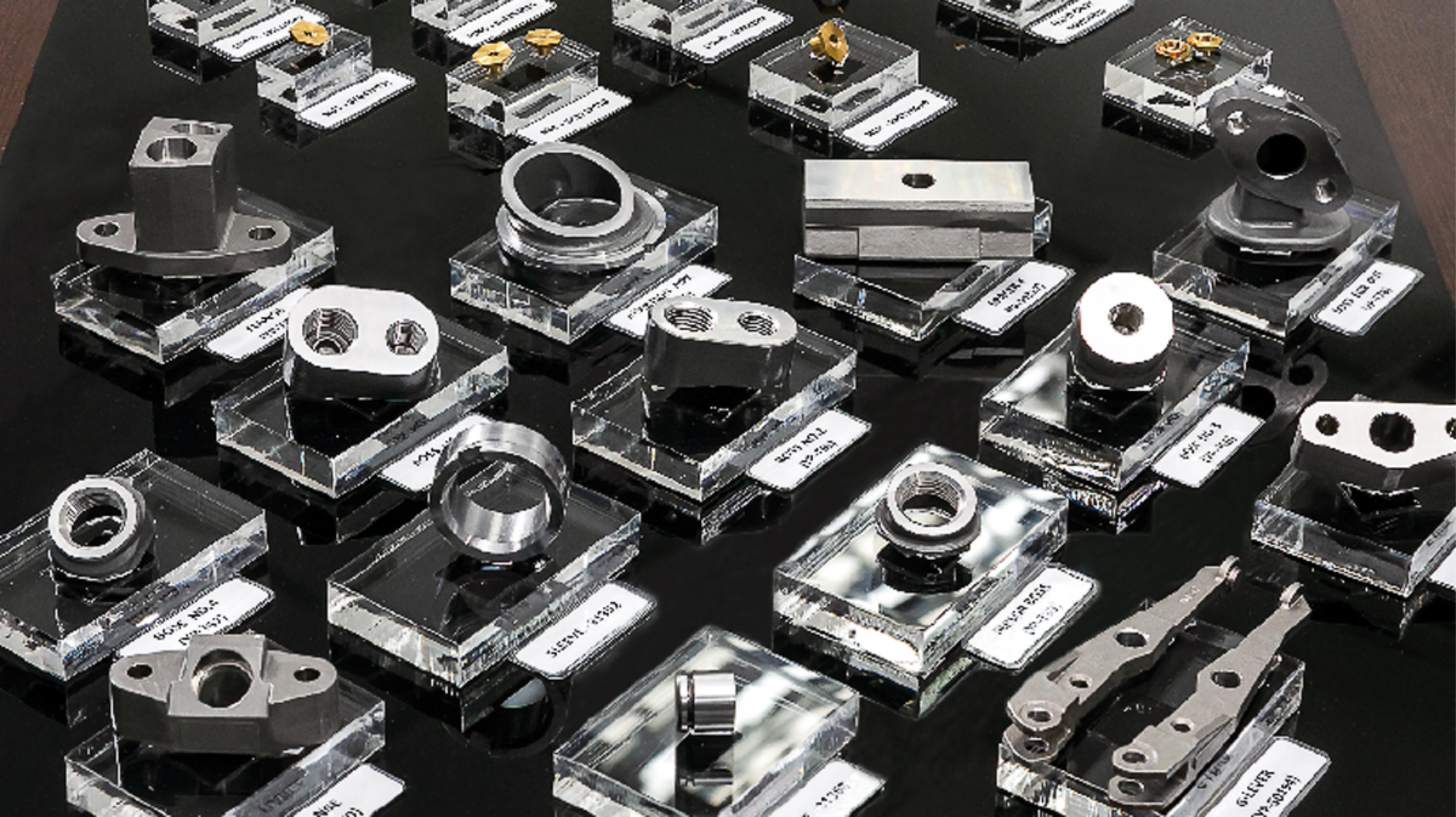 多種多様なパーツを製造可能。工具の選定・製作から最終的な仕上げまで自社で一貫して行うため、短納期・低コストを実現できる