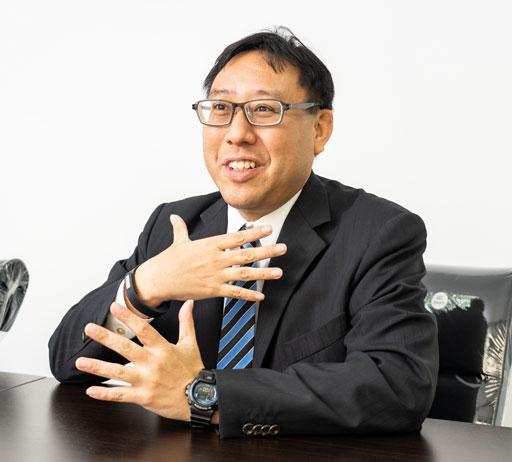 小規模レンタルオフィスを求める声に応えるべく、2019年6月から「プレミアムサービスオフィス」を開業した鍋谷氏