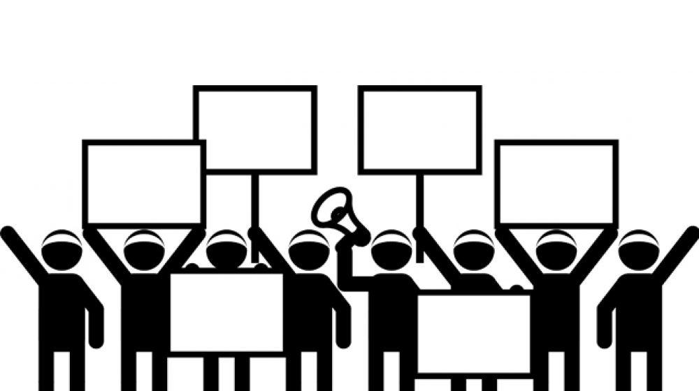 広がる学生運動、高校生も政治集会