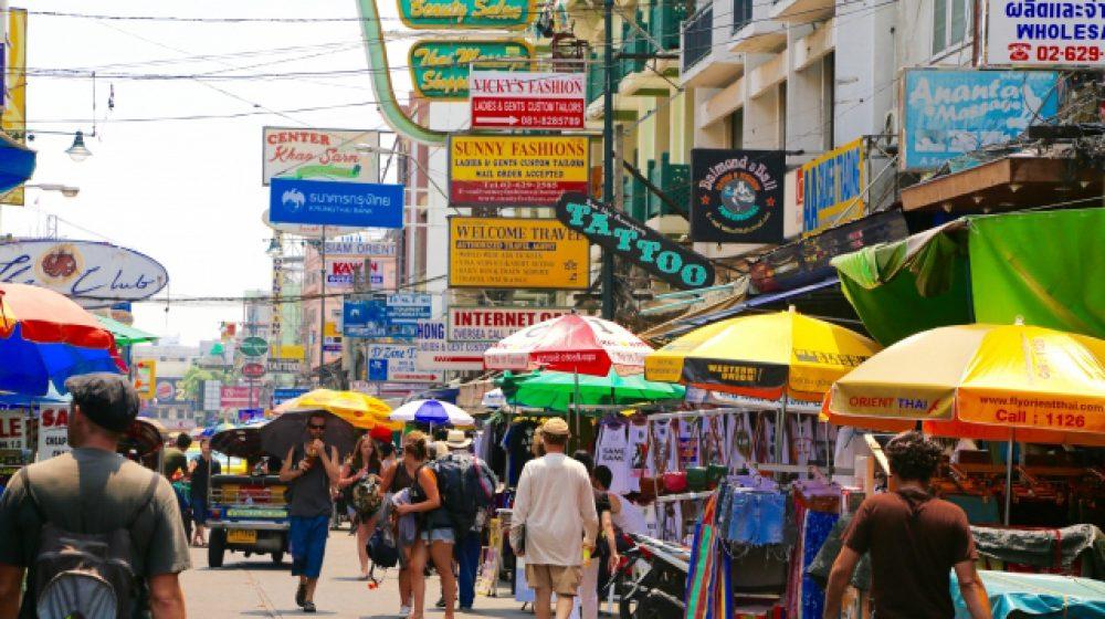 バンコク都が歩道上の屋台に新規制、周辺住民らの理解が必要に