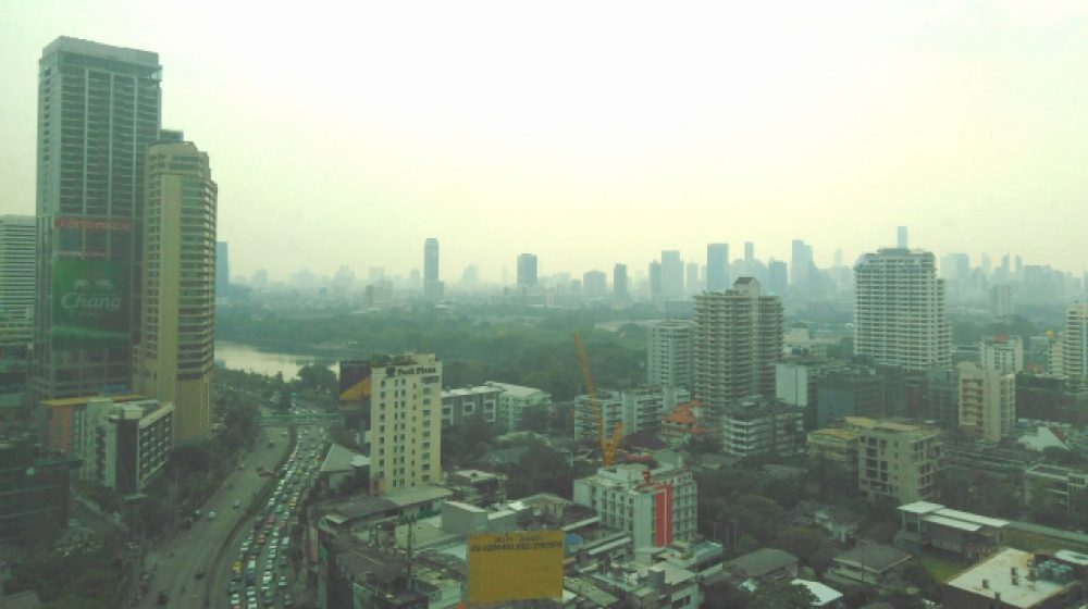 PM2.5の悪化で呼吸器疾患にかかる僧が増加