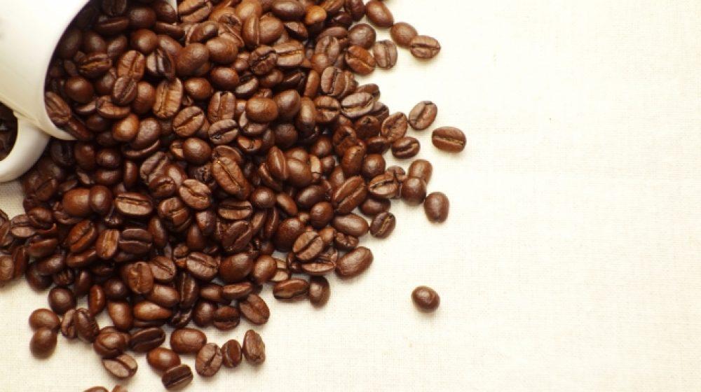 カフェ・アマゾンのコーヒー タイ・スマイル国内便の機内で提供