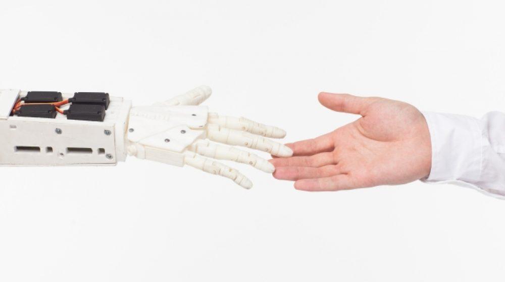 脳手術ロボットを国内初導入 パーキンソン病患者など対応