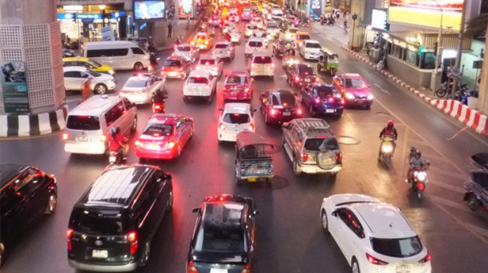渋滞都市ランキング、バンコクは世界8位