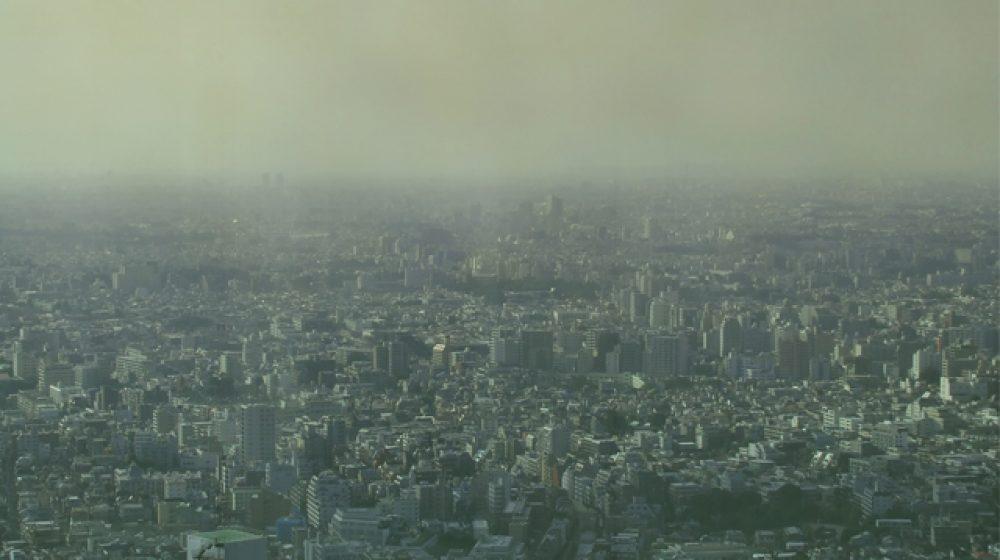 PM2.5対策へ、4mのタワー型空気清浄機を設置